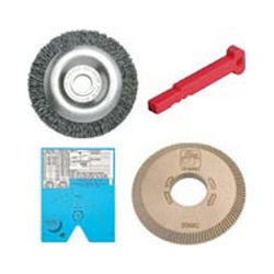 MACHINE PARTS, CUTTERS, CARDS